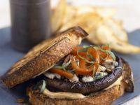 Gebackener Toast mit Pilzen und Käse