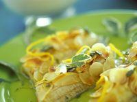 Gebratene Banane mit Mandeln