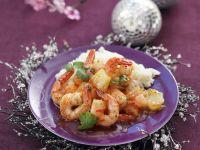 Gebratene Garnelen mit Reis