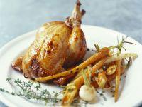 Gebratenes Hähnchen mit Wintergemüse