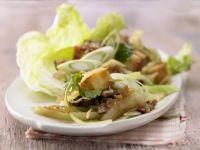 Gebratenes Tofu-Pilz-Gemüse