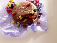 Geburtstags-Nuss-Torte