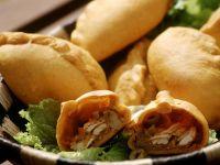 Geflügelteigtaschen auf brasilianische Art