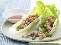 Gefüllte Salatblätter