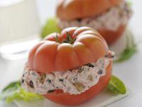 Gefüllte Thunfisch-Tomaten