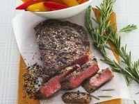 Gegrillte Steaks mit Paprika