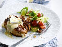Gegrillte Steaks mit Roquefort