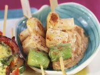 Gegrillte Tofu-Spieße mit Erdnusscreme