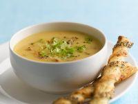 Gemüse-Hähnchensuppe