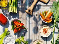 Gemüse mit vier Saucen