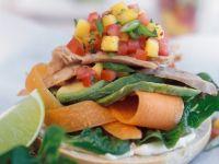 Gemüse-Schinken-Brötchen