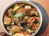 Geschmortes Huhn mit Gemüse provenzalischer Art