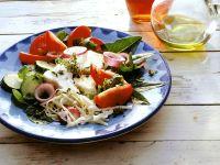 Griechischer Salat mit Weißkohl