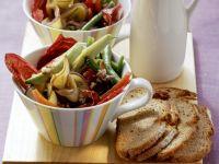 Grüne Bohnen-Salat mit Auberginen und Kapern
