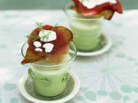 Gurken-Minze-Suppe mit Thunfisch
