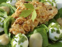 Hähnchen auf Feldsalat mit Mozzarella