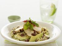 Hähnchen-Couscous mit Avocado