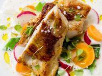 Hähnchen mit Gemüse und Buttermilchsauce