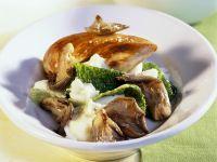 Hähnchenbrust und Püree mit Pilzen und Wirsing