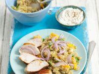 Hähnchenbrust vom Grill mit exotischem Quinoa-Salat