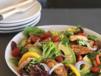 Hähnchensalat mit Avocado