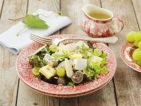 Herbstlicher Käse-Blattsalat