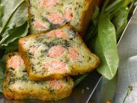 Herzhafter Kuchen mit Lachs