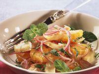 Herzhafter Orangen-Zwiebel-Salat mit Artischocken