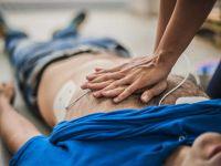 Herzmassage bei einem Herzinfarkt