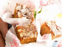 Honigkuchen mit Mandeln