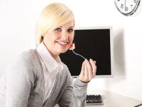 Brainfood fürs Büro: So überwinden Sie das Mittagstief