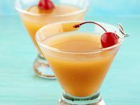 Jackpot (Drink mit Whisky, Cherry Brandy Likör & Orangensaft)