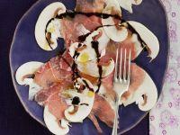 Kalbs-Carpacccio mit Pilzen