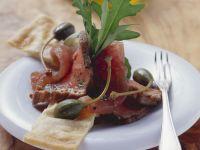 Kalbsrücken mit rohem Thunfisch