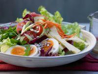 Kalorien sparen mit leckerem Salat