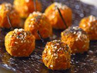 Karottenkroketten mit Mohn und Sesam