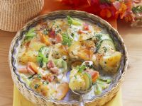 Kartoffel-Gemüse-Gratin mit Schinken