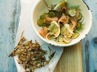 Kartoffel-Lachs-Salat mit Schwarzwurzelpuffern