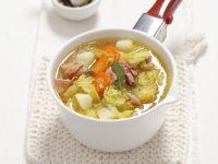 Kartoffel-Wirsing-Eintopf mit getrocknetem Schinken (Pancetta)