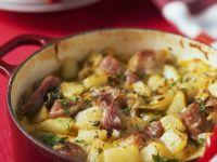 Kartoffeleintopf mit Wirsing und Speck