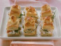 Kleine Pasteten mit verschiedenen Füllungen