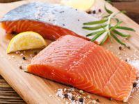 Lachs gehört zu den Kohlenhydratarmen Lebensmitteln