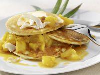 Kokos-Pancakes mit Ananas