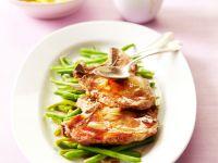Koteletts mit Knoblauch und Ahornsirup