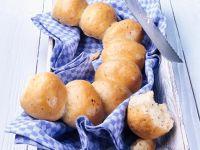 Kräuterbrötchen