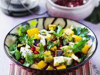Kürbissalat mit Aubergine und Käse