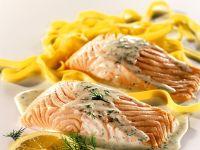 Lachs mit Zitronensauce