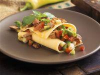 Lasagneblätter mit Thunfisch und Gemüse