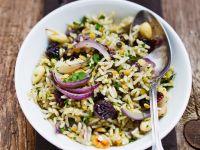 Linsen-Reis mit Datteln und Zwiebeln