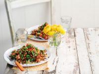 Linsensalat mit Bohnen und Tomaten